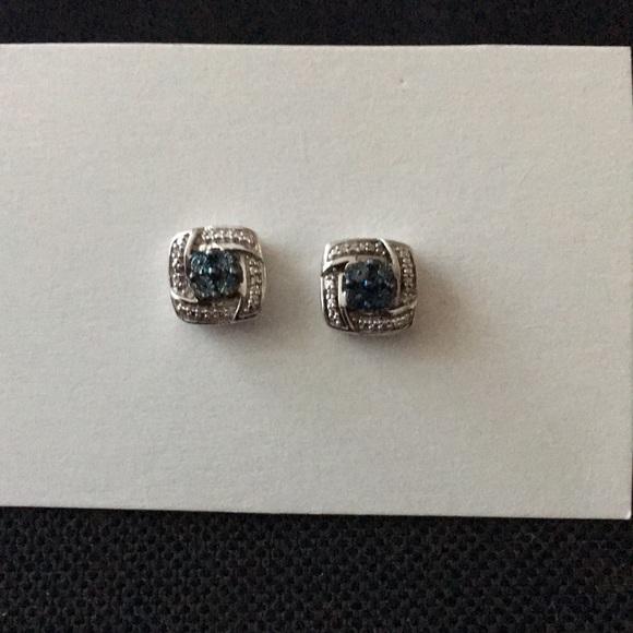 9b4e27b08 Kay Jewelers Jewelry - Kay Jewelers SS Blue & White Diamond stud earrings